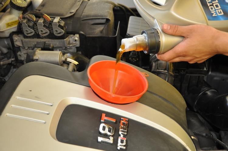 进口机油加盟代理|保定|烧机油
